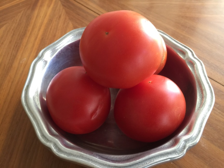 Light Vegetarian Meal – Grilled Tomatoes or Watermelon and Fetacheese.