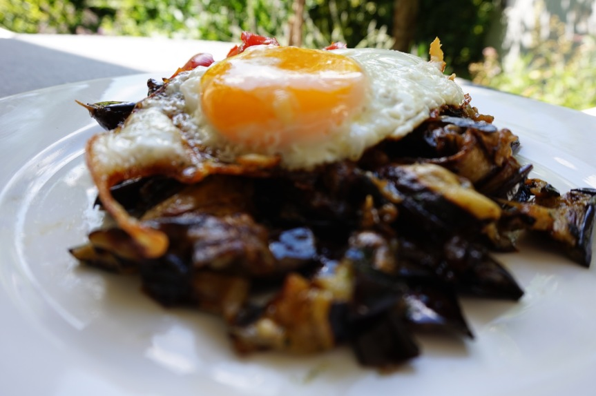 Grilled Eggplant and Bell Pepper with Egg – metabolic balance Monday Recipe