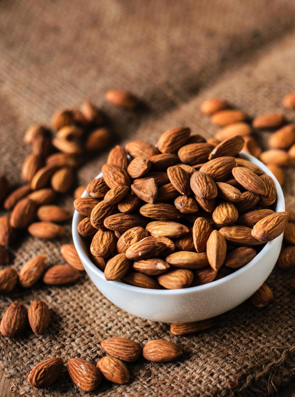 MB 10-06 - almonds