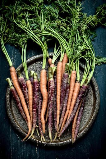 MB 10-13 - carrots