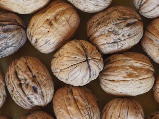 MB 10-20 walnuts